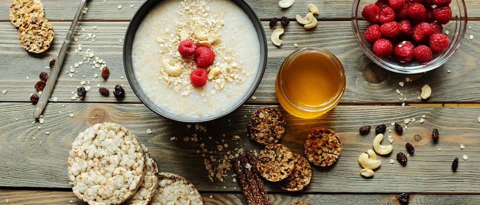 Doručak i integralne namirnice